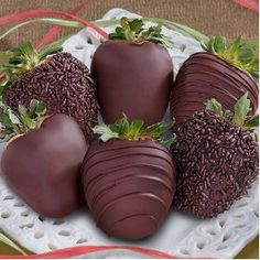 6 Dreamy Dark Chocolate Covered Strawberries $29.95