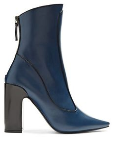 b33fd745a402 Winter Timeless leather ankle boots   Fabrizio Viti   MATCHESFASHION.COM UK Bottes  Femme,