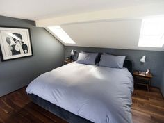 You will locate that huge bedrooms that in many lodges and cods are upstairs. You may likewise have attic bedroom that you ought to decorate. Attic Loft, Loft Room, Bedroom Loft, Large Bedroom, Master Bedroom, Bed Room, Attic Office, Bedroom Modern, Huge Bedrooms
