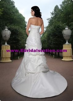 Style 8367 » Wedding Gowns » DaVinci Bridal » Available Colours : Ivory, White (back)