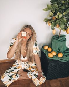 how to start a mindful morning routine with hot lemon water, meditation, gratitude, yoga Mantra, Routine, Fangirl, Hot Lemon Water, Meditation, Gratitude, Mindfulness, Fan Girl, Grateful Heart