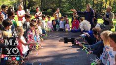 Qué día más bonito nos ha salido para el concurso de pintura de #TamayoPapeleria #Donostia #SanSebastian en el museo #chillida-leku además del concurso tenemos talleres juegos y la cuadrilla de los caminantes de Joan Baixa. Aún estas a tiempo. Vienes?