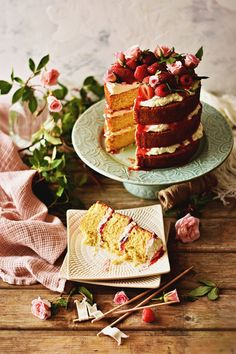 Red Velvet Birthday Cake, Scary Cakes, Cinnamon Bun Recipe, Yummy World, Luxury Food, Cake Photography, Sweet And Salty, Beautiful Cakes, Food Photo