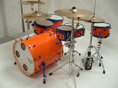 Here's one of the custom drum sets by FVF.  Pretty interesting color combo. Gotta love those offset lugs and the cannon bass.