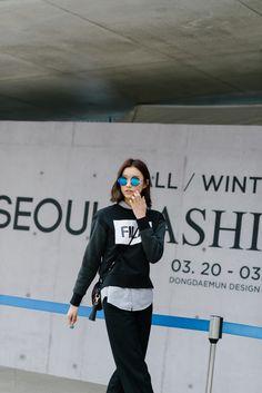Street style: Hyun Ji Eun shot by Alex Finch at Seoul Fashion Week Fall 2015