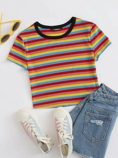 Summer Outfits For Teens, Cute Teen Outfits, Cute Comfy Outfits, Cool Outfits, Girls Fashion Clothes, Teen Fashion Outfits, Cute Teen Clothes, Cute Clothes For Teens, Teen Girl Fashion