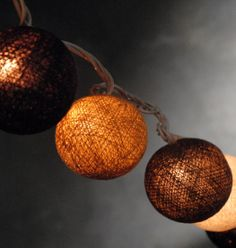 Sisal Natural Ball String Lights   20 lights 8 foot  $14 (end to end plug)