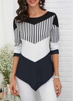 Stylish Tops For Girls, Trendy Tops, Trendy Fashion Tops, Trendy Tops For Women Trendy Tops For Women, Blouses For Women, Stylish Tops, Casual Tops, Casual Styles, Kleidung Design, One Piece Swimwear, Ideias Fashion, Fashion Clothes