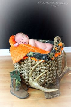 The cutest # baby # boy # hunting # country # pose.maybe military wrapped into this? Country Baby Pictures, Cute Baby Pictures, Newborn Pictures, Baby Photos, Cute Baby Boy, New Baby Boys, Baby Family, Baby Love, Baby Baby