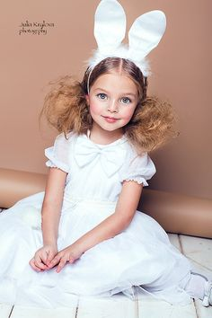 Anna Pavaga was born on November 2009 in Saint Petersburg, Russia. Bunny Costume Kids, Rabbit Costume, Young Models, Child Models, Cute Little Girl Dresses, Flower Girl Dresses, Cute Kids, Cute Babies, Anna Pavaga