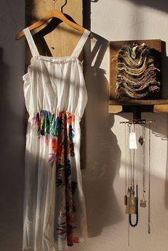 Jewelry hanger