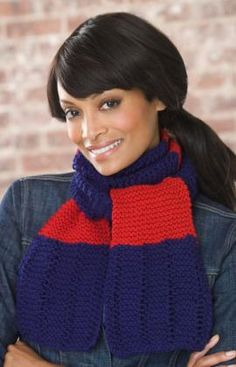 Ravelry: Simple Knit Scarf pattern by Grace Alexander Easy Knitting Projects, Easy Knitting Patterns, Free Knitting, Yarn Projects, Thread Crochet, Knit Or Crochet, Crochet Scarves, Red Heart Patterns, Learn How To Knit