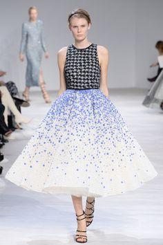 Défilé Giambattista Valli Haute Couture printemps-été 2016 18