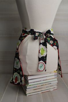 Vintage 1950s Style Half Apron in Black, Navy, Red, and Green by theloftonbroome on Etsy