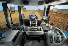 New Holland Agriculture SIMA 2015 - T8 Tier4B