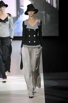 Giorgio Armani at Milan Fashion Week Spring 2007 - Runway PhotosYou can find Giorgio armani and more on our website.Giorgio Armani at Milan Fashion Week Spring 2007 - . Look Fashion, Trendy Fashion, High Fashion, Autumn Fashion, Fashion Outfits, Womens Fashion, Fashion Design, Fashion Trends, Giorgio Armani