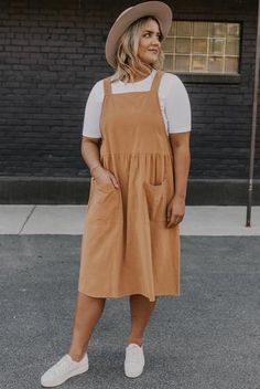 This neutral dress is great to wear this summer. Wear with a cozy tee and this dress will be your new favorite. Find more styles at the cutest store, ROOLEE! Jumper Dresses: 15 Outfit Ideas and Options to Shop Now Modest Dresses, Modest Outfits, Casual Outfits, Fashion Outfits, Maxi Dresses, Modest Clothing, Modest Wear, Casual Dresses, Moda Fashion