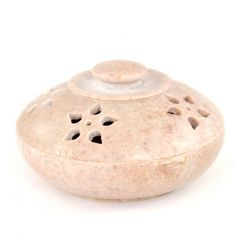 Pudełko z kamienia mydlanego pochodzące z Indii. Box of soap stone from India http://www.etnobazar.pl/search/ca:przechowywanie-1?limit=128