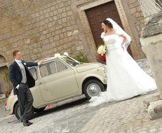 Una grande storia d'amore, che dura da 15 anni ed un sogno divenuto realtà il 20 maggio di tre anni fa, quando Alessia e Davide si sono detti 'sì' per sempre.