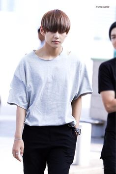 I remember when my hair was super long, black and my bangs were just like taehyung. The good times when I scared people. || sxmmie*