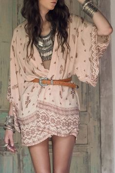 Feather Print Collarless 3/4 Sleeve Cover Up
