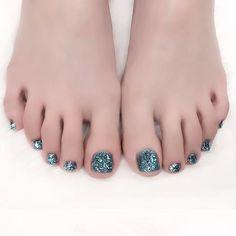 水色ラメホロ3段重ね✨ #nail #nails #nailart #ネイル #美甲 #ネイルアート  #clou #nagel #ongle #ongles #unghia #footnails #フットネイル #ペディキュア #pedicure #ホログラムネイル #皆方由衣 ちゃん