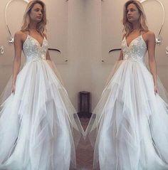 Spaghetti Straps V-neck Prom Dresses, Cheap Tulle Prom Dress,Appliques Prom Dresses,Tulle Evening Dresses,Cheap Evening Gowns,Wedding Dresses