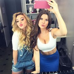 Most viewed person on Vine and followed girl Twitter: lelepons SNAPCHAT: lelepons1 NEW YOUTUBE VIDEO