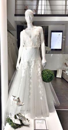 Tullesposa Torino Via Mazzini 4/F Torino, Formal Dresses, Wedding Dresses, One Shoulder Wedding Dress, Fashion, Formal Gowns, Moda, Bridal Dresses, Alon Livne Wedding Dresses