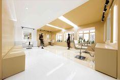 Salón de belleza Shokrniya / 4 Architecture Studio