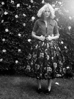 Fashion Icon - Jaime King - monstylepin #fashion #icon #celebrity #style…