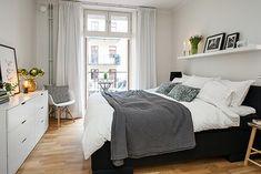 Home Interior Salas cozy home Decoration Inspiration, Room Inspiration, Stylish Bedroom, Home Decor Bedroom, City Bedroom, Bedroom Ideas, My New Room, Cozy House, Cheap Home Decor
