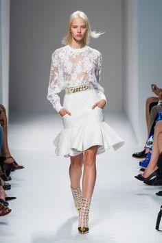 Couture Fashion, Runway Fashion, Fashion Show, Fashion Looks, Womens Fashion, Fashion Design, Fashion Trends, Paris Fashion, Spring Fashion