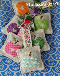 Crosstitch Keychain--just the pic…no website Cross Stitching, Cross Stitch Embroidery, Embroidery Patterns, Hand Embroidery, Cross Stitch Patterns, Cross Stitch Finishing, Mini Cross Stitch, Needlework, Sewing Projects
