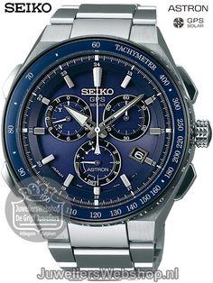 Seiko horloge Astron SSE127J1 GPS Solar herenhorloge Chronograaf Titanium met Blauwe Wijzerplaat. Collectie najaar2017.