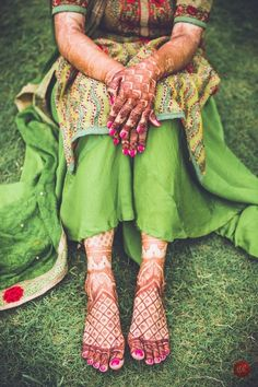 Mehendi Designs - Hand and Feet Mehendi Shot | WedMeGood #wedmegood #indianbride #indianwedding #mehendi #mehendidesigns #green #mehandi #bridal