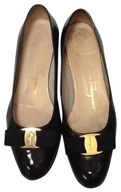 Salvatore Ferragamo Women's Bow Heels Sz 38 B (7.5-8) Black Pumps. Get the must-have pumps of this season! These Salvatore Ferragamo Women's Bow Heels Sz 38 B (7.5-8) Black Pumps are a top 10 member favorite on Tradesy. Save on yours before they're sold out!