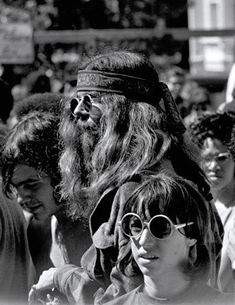 vintage everyday: The Summer of Love - Pictures of Hippies in Haight Ashbury, San Francisco in 1967