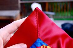 Satin blanket edging with pointed corners