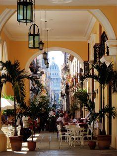 Havana Cuba ... Un de mes rêves d y retourner....