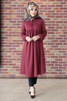 - Burgundy Tunic with Ruffled Sleeves - New In Tops Modest Fashion Hijab, Hijab Style Dress, Hijab Chic, Abaya Fashion, Fashion Dresses, Islamic Fashion, Muslim Fashion, Moda Hijab, Abaya Mode