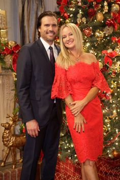 The Young and the Restless~Nick & Sharon Joshua Morrow, Eric Young, Sharon Case, Pixie Haircut For Thick Hair, Soap Opera Stars, Tv Couples, Young And The Restless, Anniversary Photos, Types Of Music