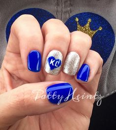 KC Royals Nails ⚾️ www.styleseat.com/pattyheintz Football Nails, Baseball Nails, Chiefs Football, Short Nails Art, Fancy Nails, Cute Nails, Stylish Nails, Easy Nail Art, Fingernail Designs