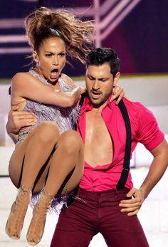 Max van dansen met de sterren dating Jennifer Lopez 42 jaar oude man Dating 25 jaar oude vrouw
