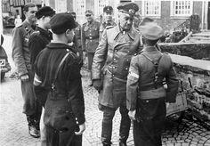 """Generalfeldmarschall Walter Model addressing the """"troops"""", (units of the Hitlerjügend)."""