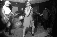 Kathleen Hanna performs with her band, Bikini Kill, in Washington DC in the early Kathleen Hanna, Riot Grrrl, Pizza Girls, Bikini Kill, Album, Documentary Film, Music Is Life, Retro, Feminism
