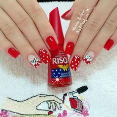 Kaka nail art attempt beginner nail t Edgy Nails, Classy Nails, Hot Nails, Holiday Nails, Christmas Nails, Nail Polish Style, Nail Art Stencils, Cute Nails For Fall, Gold Glitter Nails