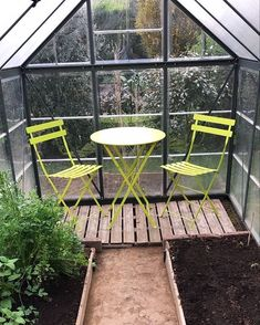 Laura Julia @laurajuliafiquet at Instagram: Spring cleaning in the greenhouse - DONE Outdoor Furniture Sets, Outdoor Decor, Stay Safe, Spring Cleaning, Home Projects, Inspiration, Instagram, Home Decor, Biblical Inspiration