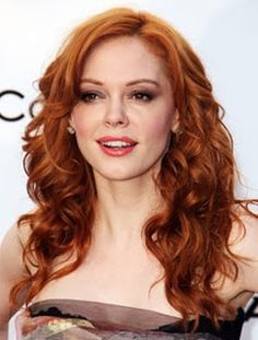 Rose McGowan - love her hair color in this pic