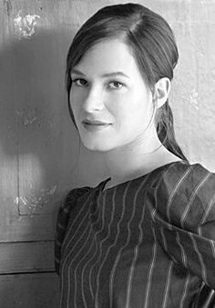 Beautiful pic of Franka Potente Franka Potente, Westerns, Theater, Feminine Face, Beautiful People, Beautiful Women, Aesthetic Beauty, Hollywood Actor, Female Singers